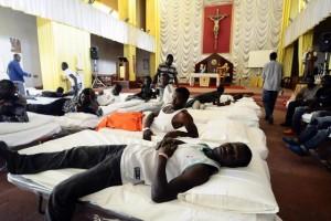 Immigrati nella chiesa di San Curato D'Ars
